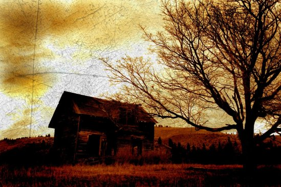 Creepy Old House by havokforlife, found on deviantart dot com.
