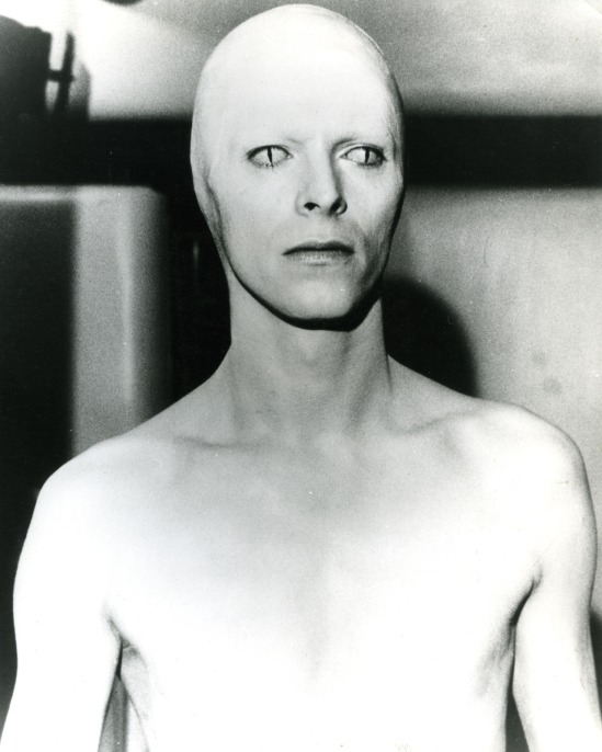 THE MAN WHO FELL TO EARTH 1976 British Lion film with David Bowie